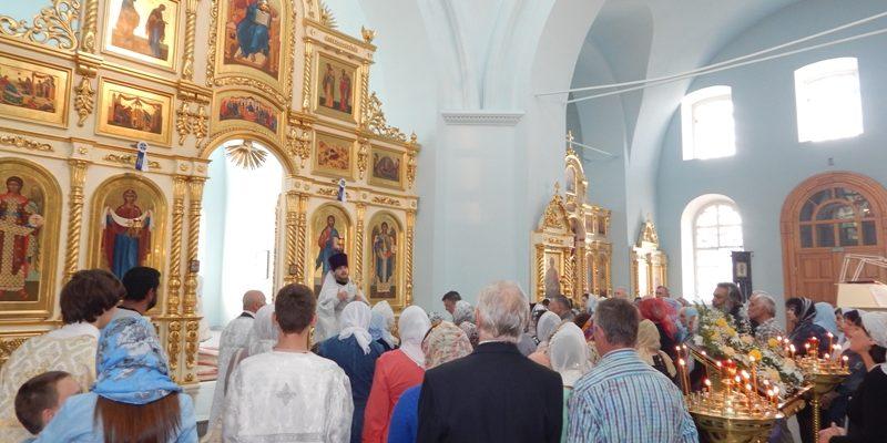 Богослужение в Неделю 7-ю по Пасхе